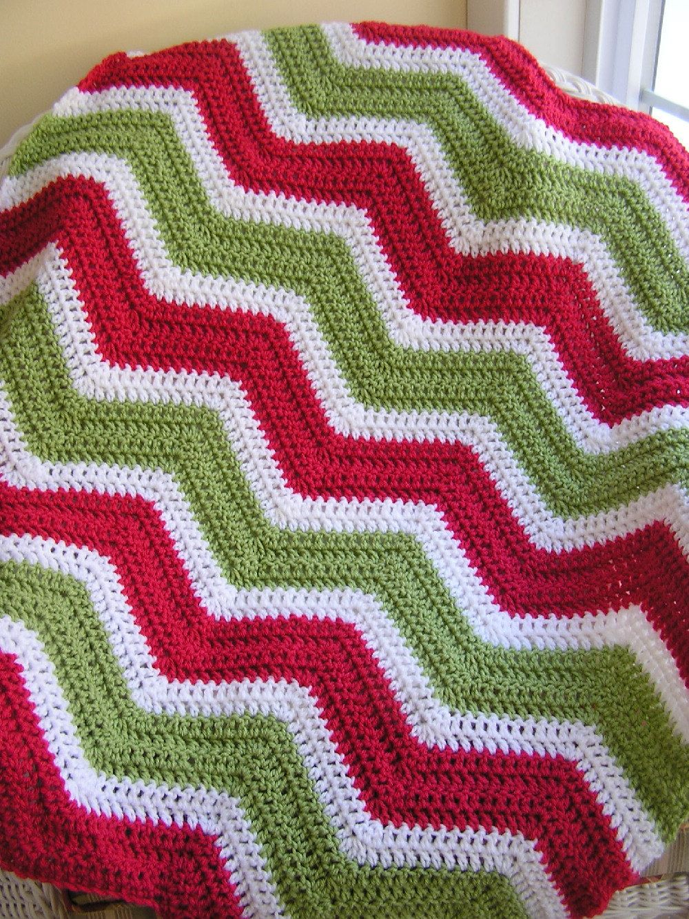 new christmas chevron zig zag baby blanket afghan wrap crochet ...