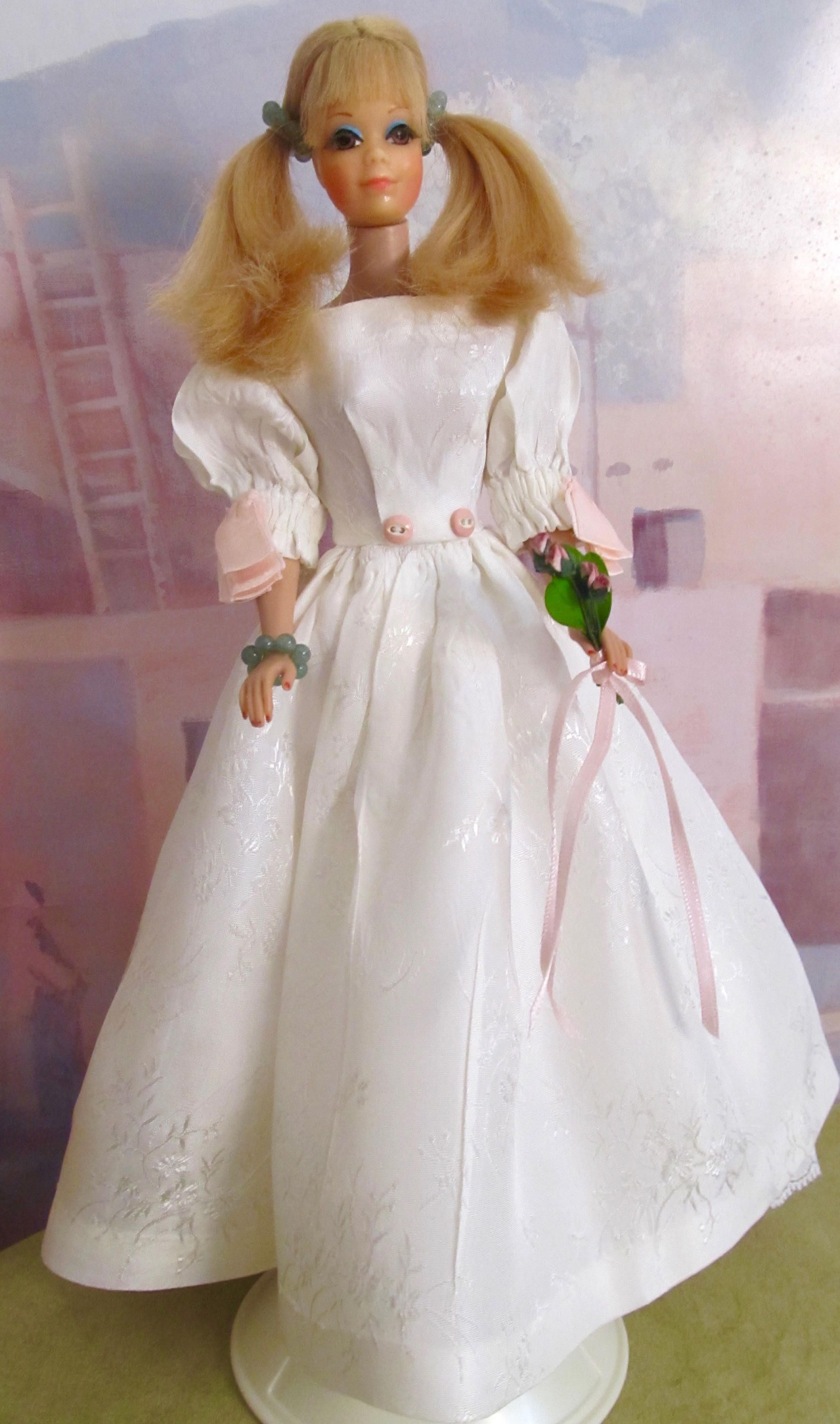 Vintage Barbie Doll Midge Standard Body Mattel 1960s With Pierced Nipples In Modified Gown Bridesmaid: Vintage 1960s Barbie Doll Wedding Dresses At Reisefeber.org