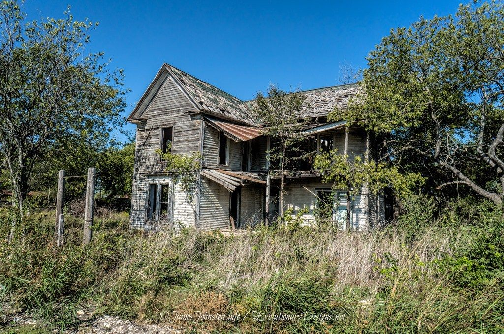 Abandoned Farm House in Eddy, Texas Abandoned farm