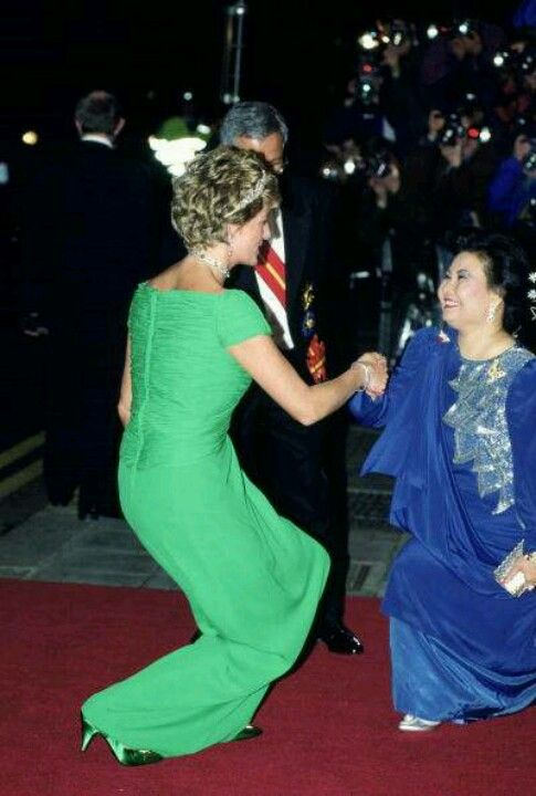 Bowing to Royalty