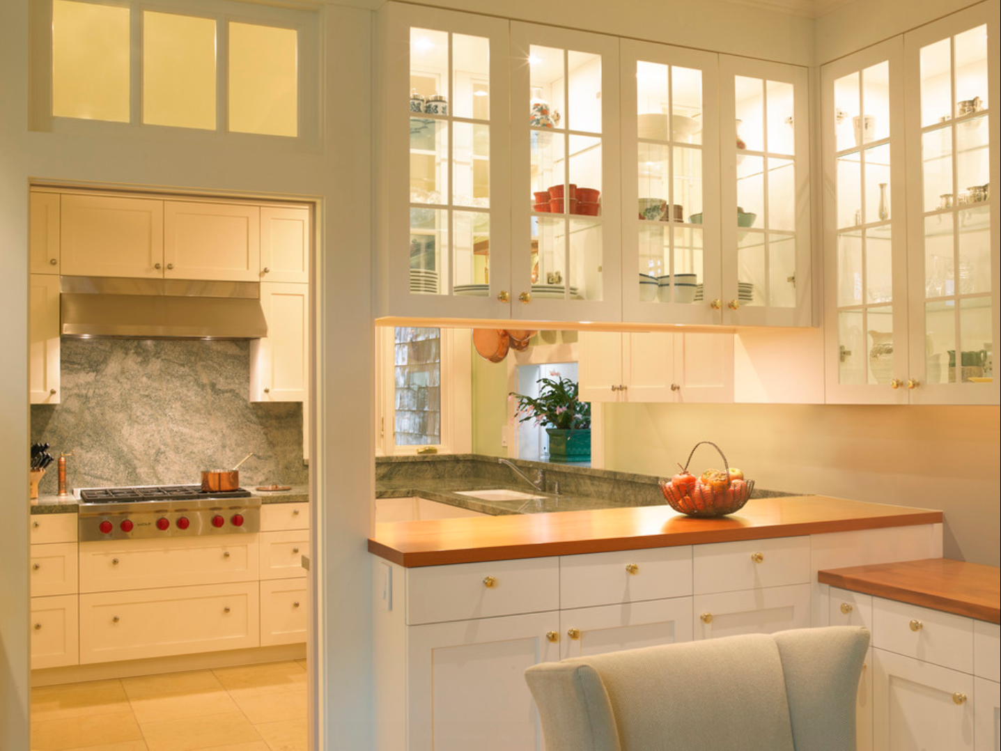 Half-wall for dishes, for entryway  Glass kitchen cabinets, Glass
