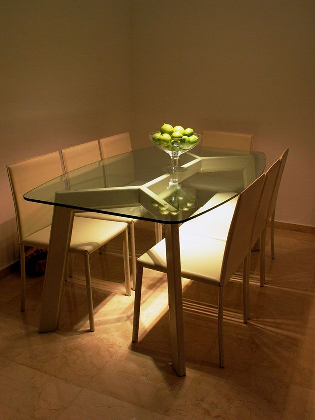35 fotos e ideas para decorar la mesa del comedor | Mesas de cristal ...
