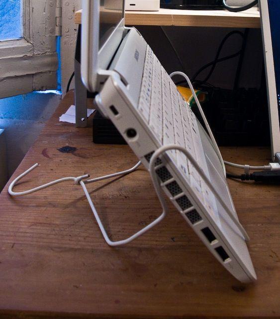 Instant Project Diy Coathanger Notebook Stand G 248 R Det Selv