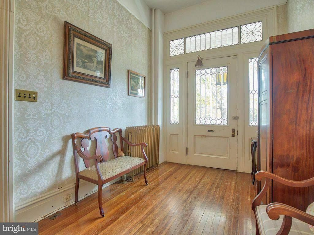 queen anne for sale in winchester virginia victorian homes