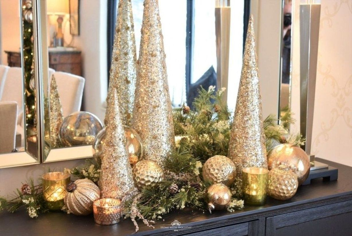 54 Easy Inexpensive Indoor Decorating Ideas for Christmas
