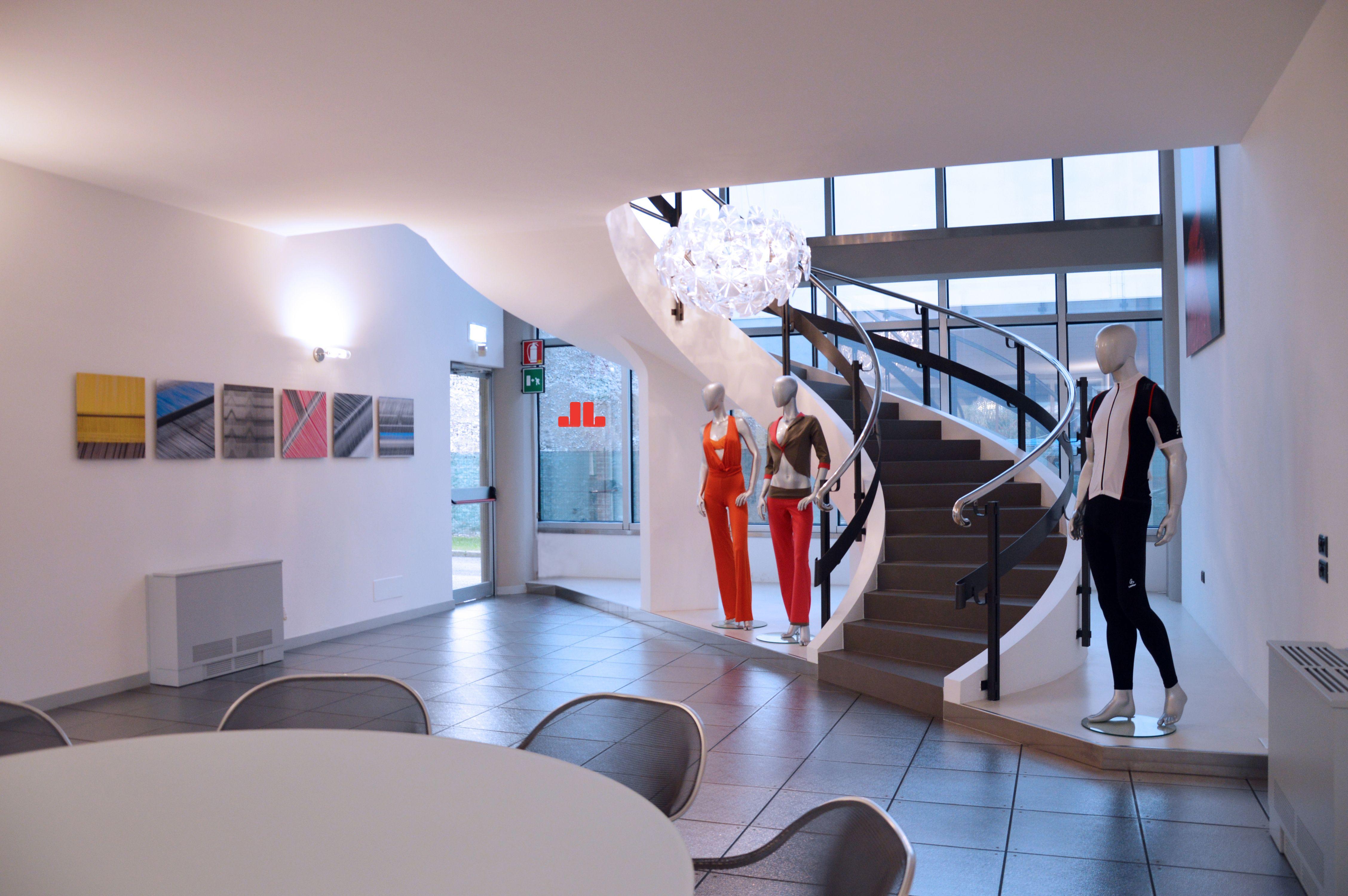 La sala d'attesa Jersey Lomellina, colori, tessuti e modelli