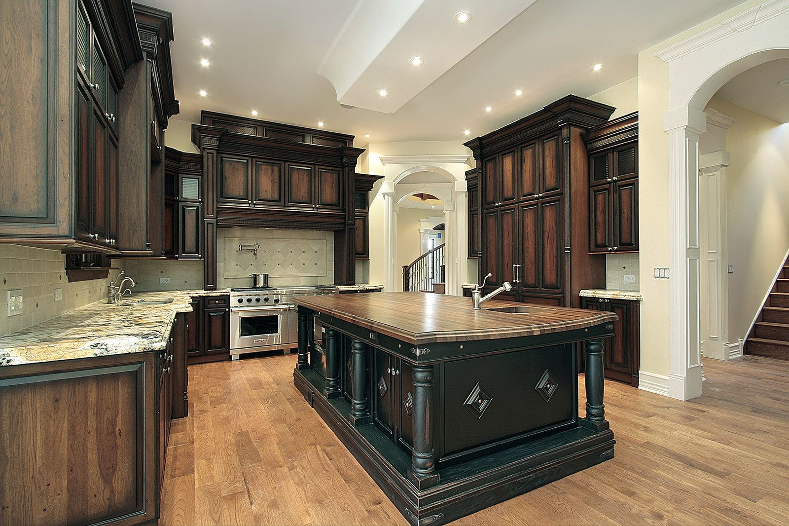 Best staining kitchen cabinets ideas inspired kitchen for Best way to stain kitchen cabinets