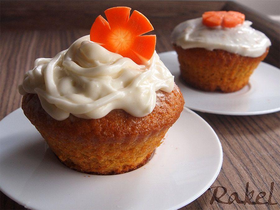 Carrot cupcakes reposteria