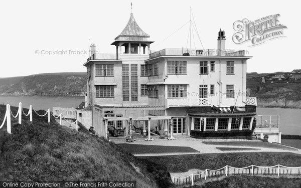 Bigbury on sea burgh island hotel from francis for Art deco hotel devon