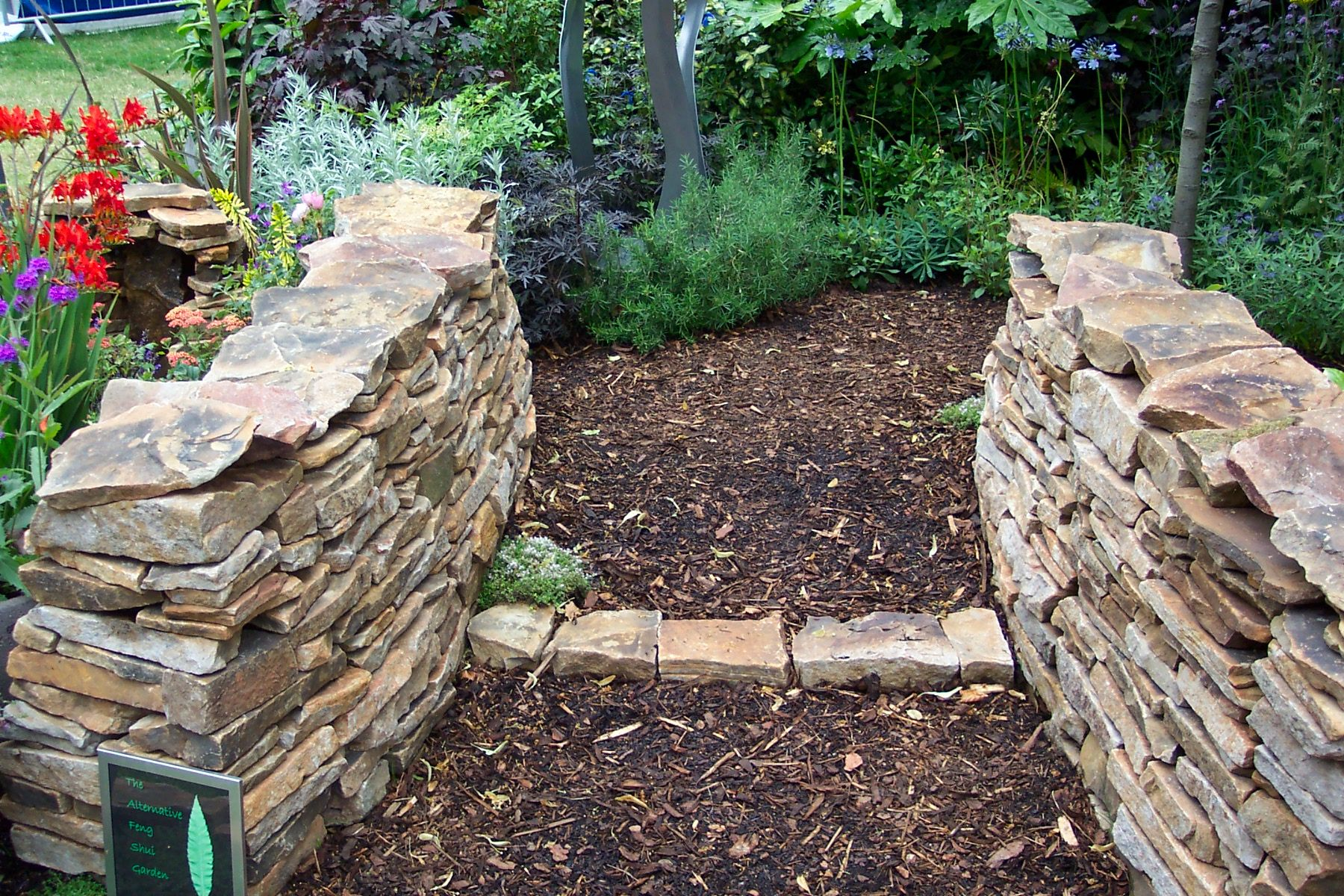 High Quality Garden Edge Stones 9 Rock And Stone Edging
