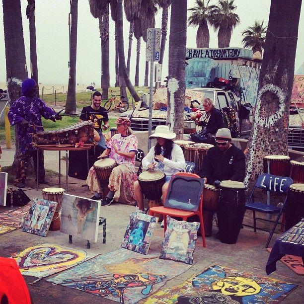 Venice beach artists and musicians