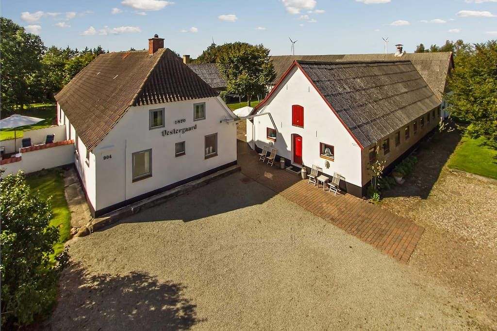 Charming farm room in North Jylland Guesthouses for Rent