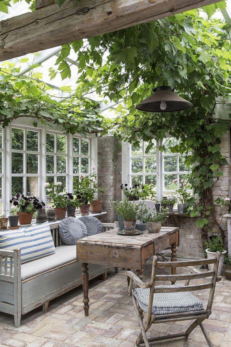 17 vérandas et salons de jardin pour vous inspirer à faire du plein air