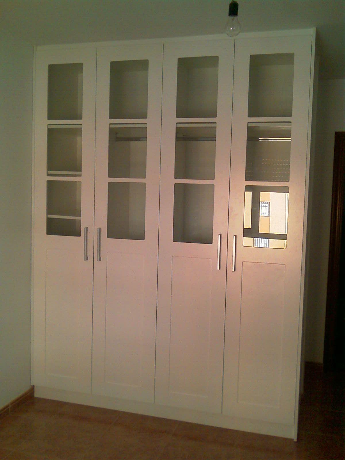 Armario puertas abatibles lacado en blanco en 2019 - Puertas armario abatibles ...