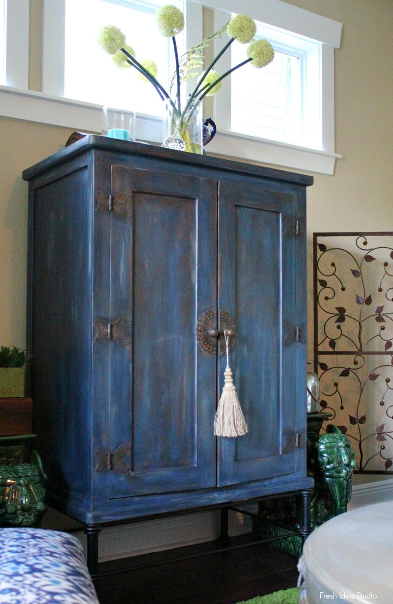 Before And After Midnight Blue Blue Distressed Furniture Diy Furniture Redo Painting Old