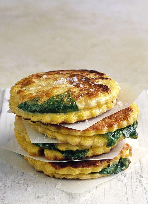 Mozzarella In Carozza: fried slices of bread stuffed with melted mozzarella. //Manbo