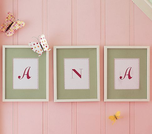 This is maybe how I want to hang daughter's pictures.