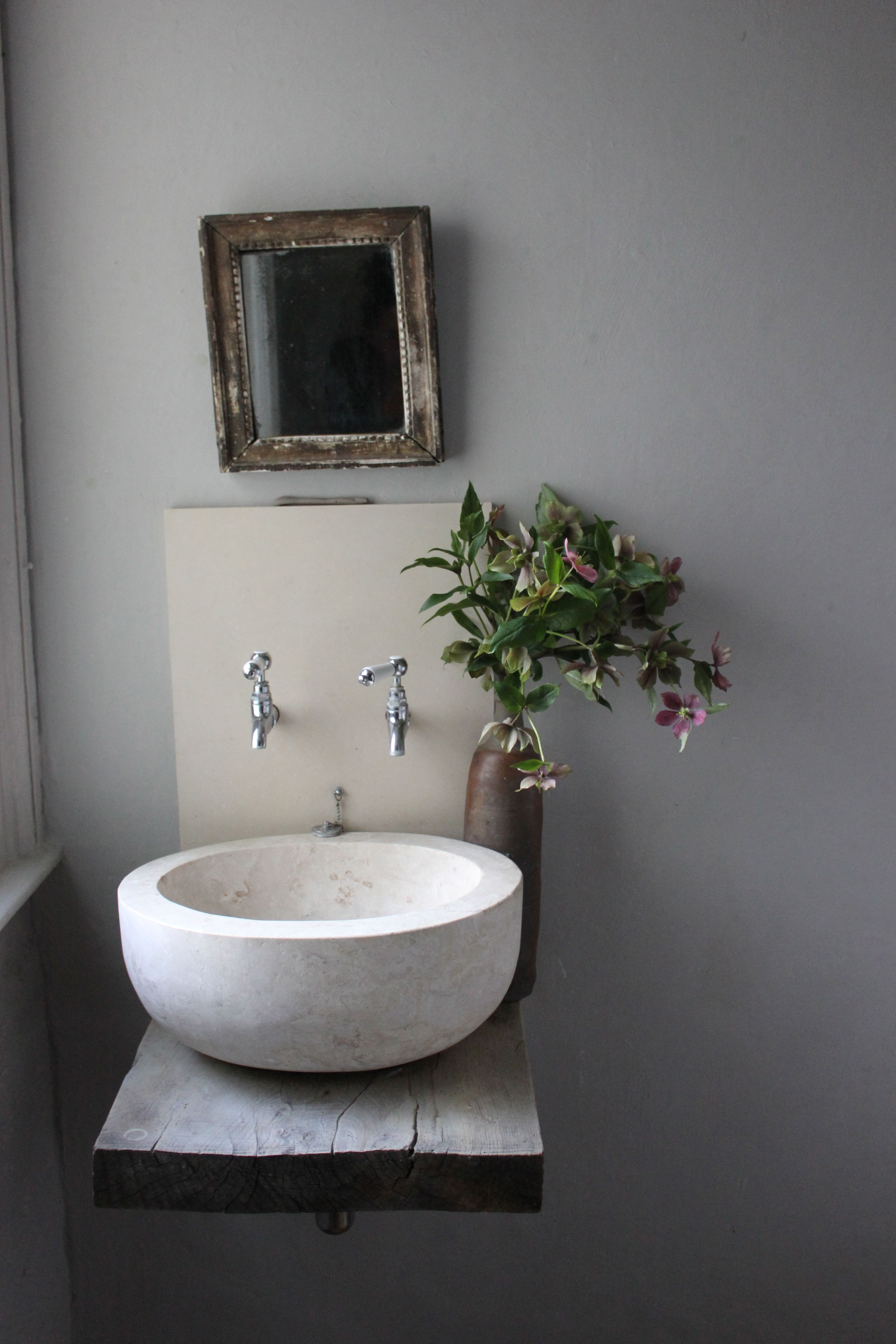 Modern Bathroom Sinks to Accentuate Small Bathroom Design | Sinks ...
