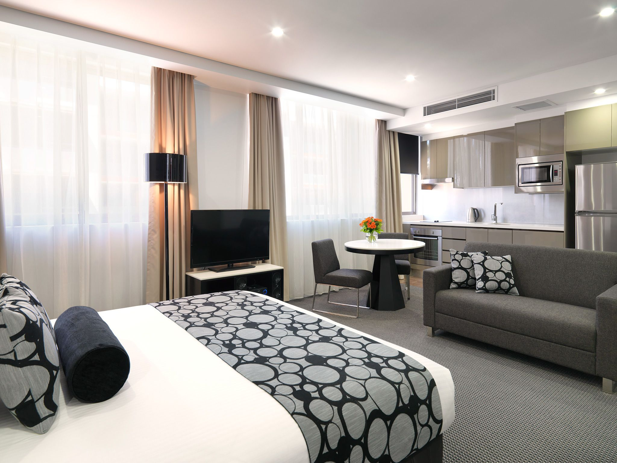 North Ryde Reserve Direct For Best Rates Home, Suites