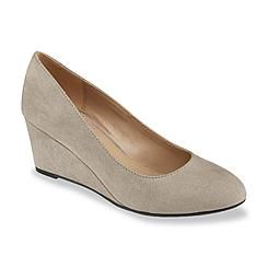 41c4600feb91 Covington Women s Arcadia Gray Wedge Shoe