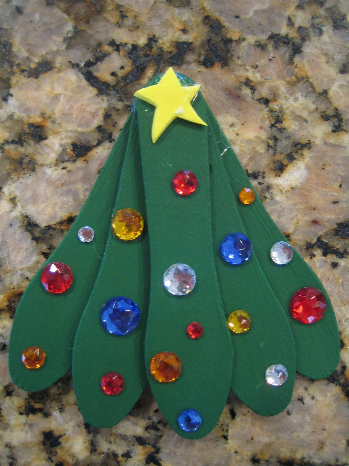Christmas homemade decorations for kids - Christmas Crafts My Little Ones Can Do Http Jeffmorrey Wordpress Com Category Christmas Crafts For Kids Wooden Stick Projects Pinterest Wordpress