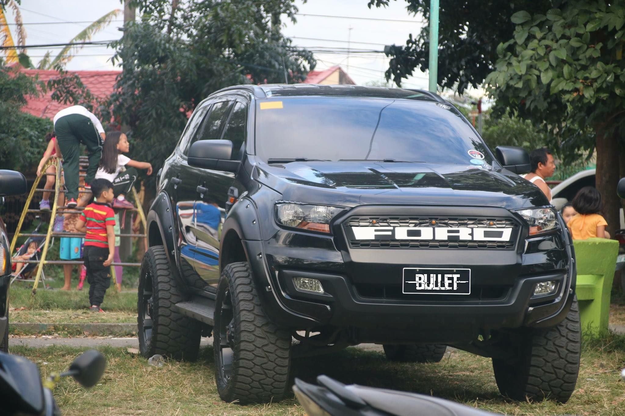 Ford Everest Jeep Suv Luxury Suv Cars Suv Trucks