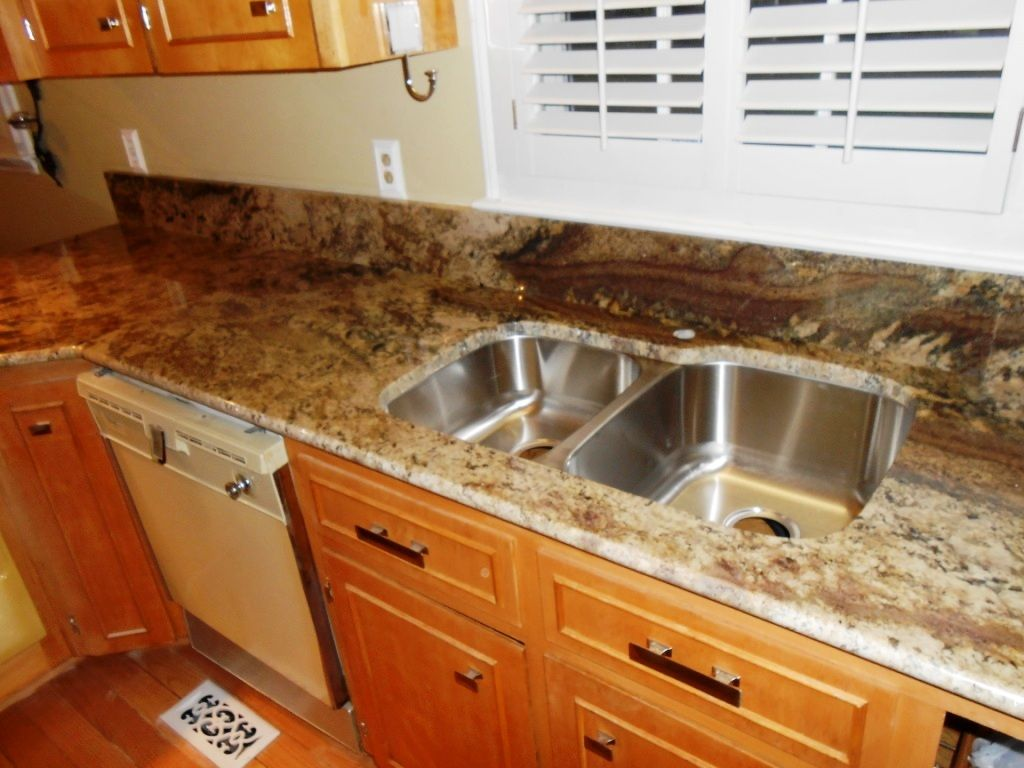 Neptuno bordeaux granite 4 24 13 granite countertops for 1 inch granite countertops