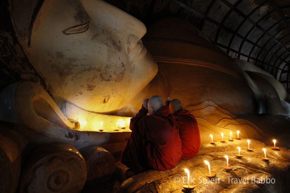 Praying at Shwethalyaung Reclining Buddha.