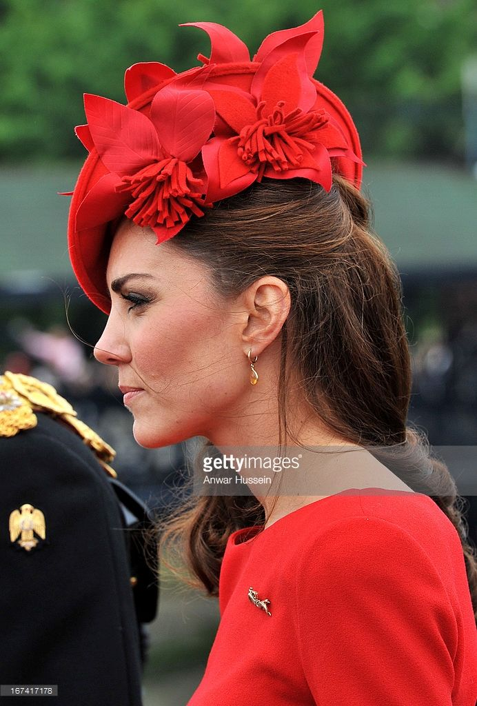 Catherine, Duchess of Cambridge boards the royal barge 'Spirit of Chartwell' for the Thames Diamond Jubilee Pageant on the River Thames in London, on June 3, 2012 in London, England. (Photo by Rota/ Anwar Hussein/Getty Images)