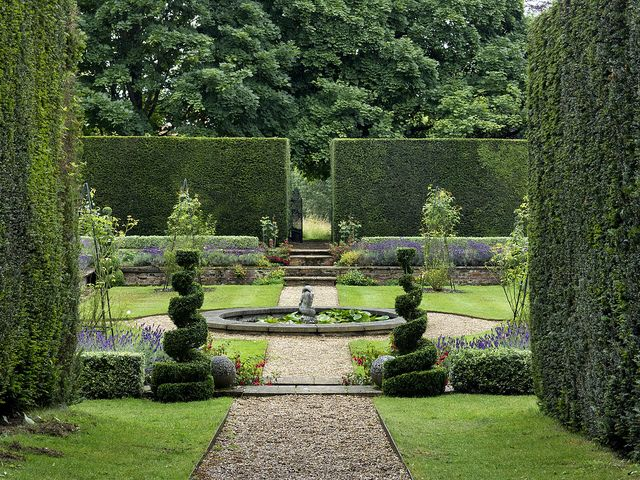 symmetry in the garden clandon park guildford gb to house