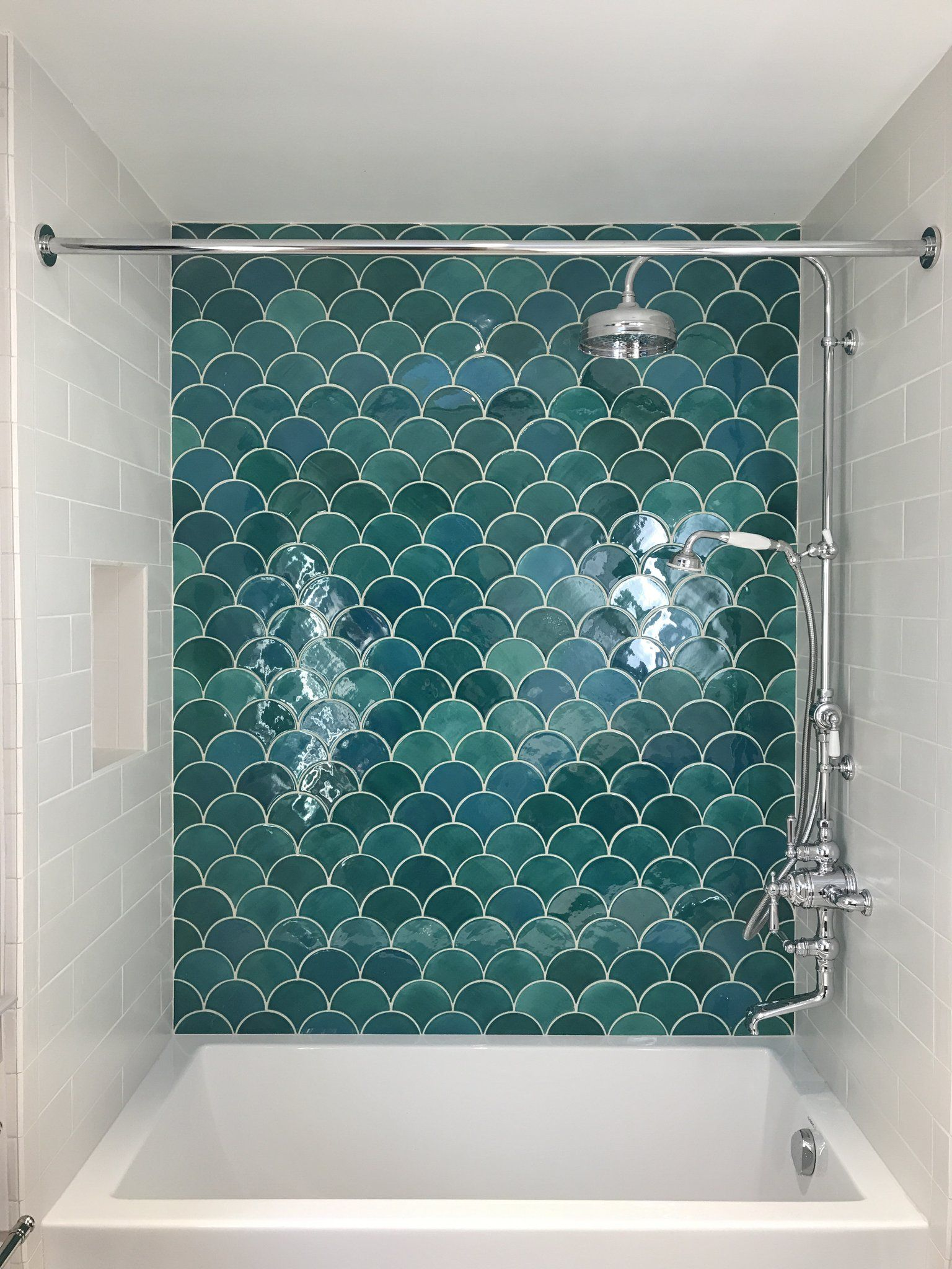 Moroccan Fish Scale Tiles 11 Ways To Incorporate Your Favorite Mermaid Shape Green Tile Bathroom Bathroom Interior Design Bathroom Interior
