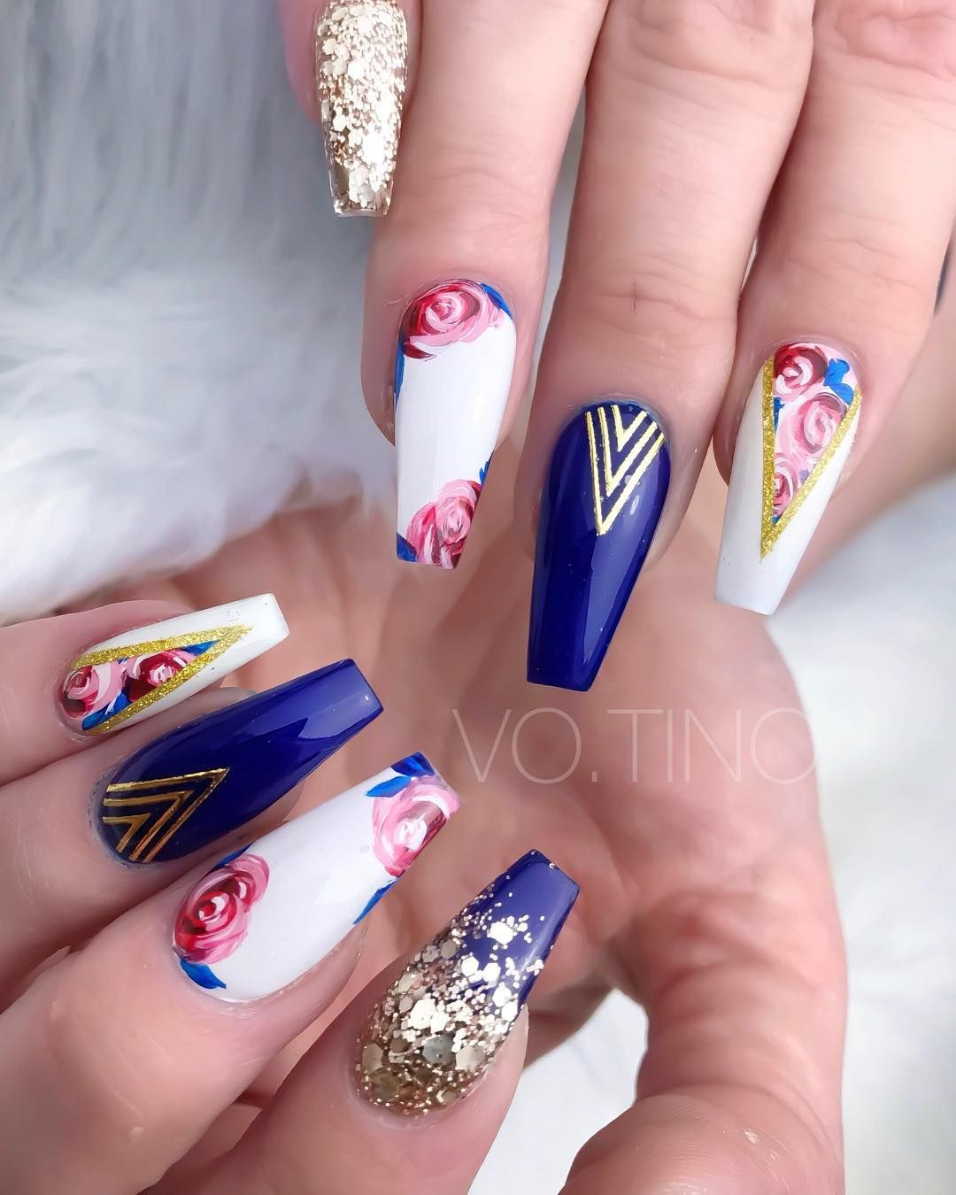 Navy Blue and Red Floral Nails.  Prom nails red, Red nail designs
