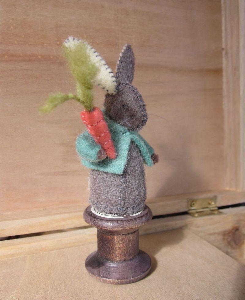 cotton reel rabbits | Knitting | Felt bunny, Felt, Felt crafts