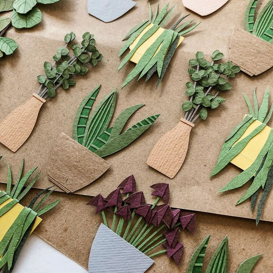 Photo of Russian Artist Creates Intricate Paper Plants Without Using Scissors