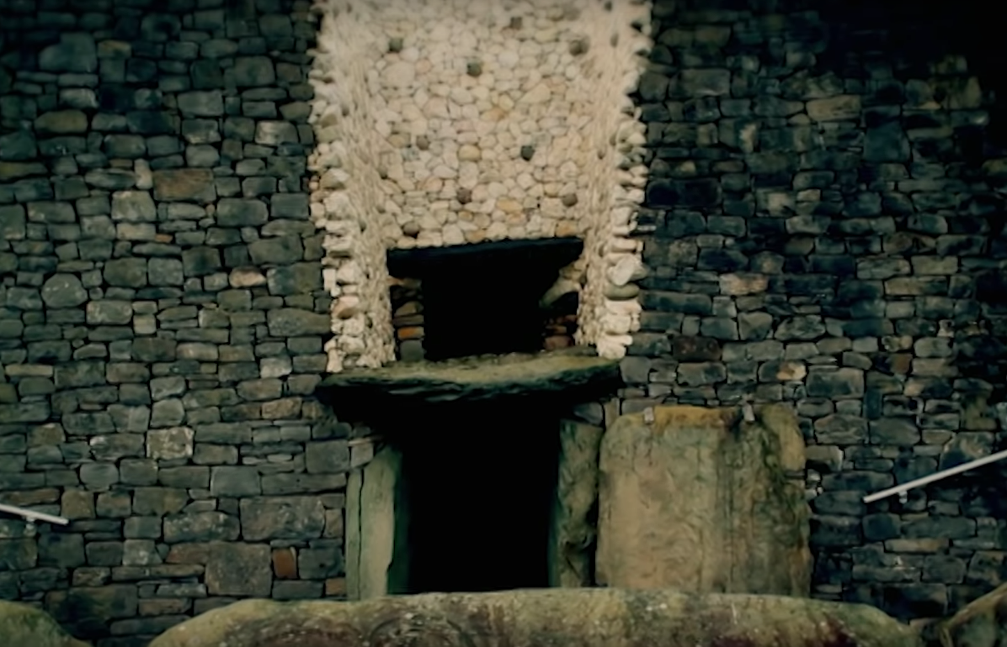 This The Doorway To A Megalithic Tomb In Britain Called New Grange Above The Door Is A Sort Of Second Smaller Door Called A Ruins From The Past Ancie