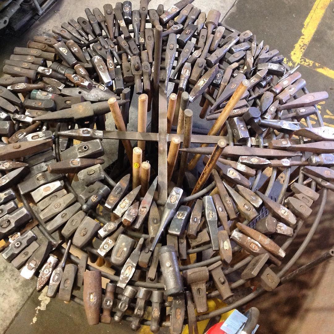 Need More Hammers Tools Худож