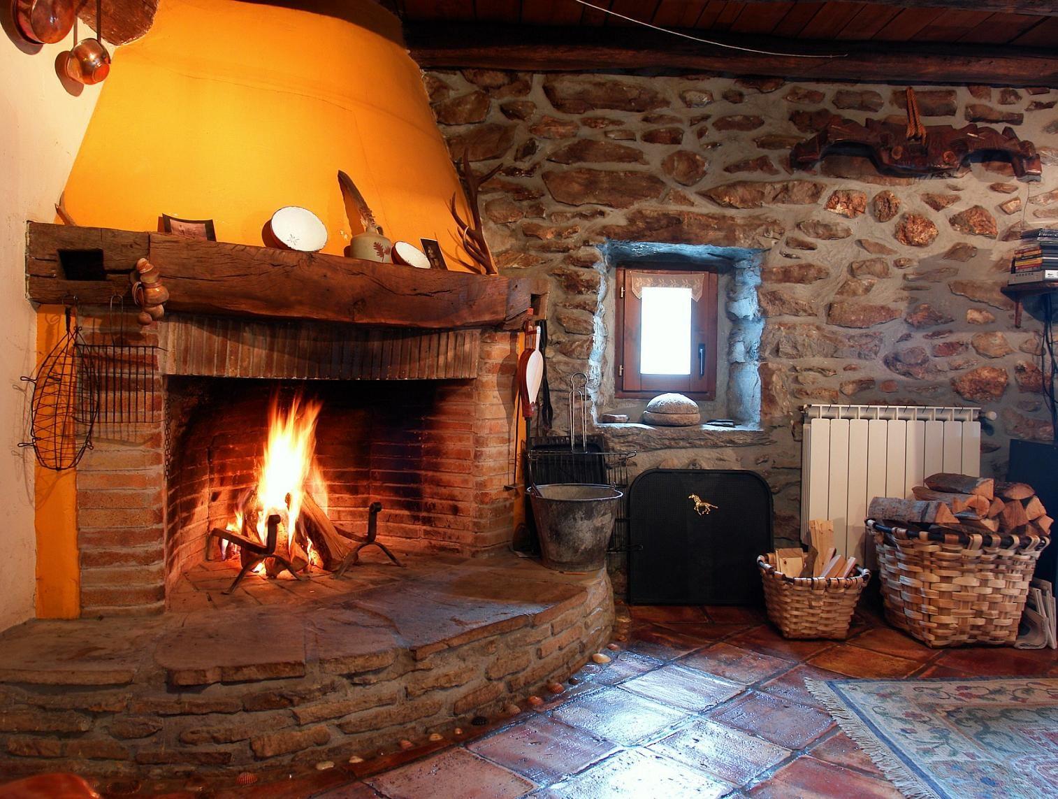 Chimenea de xenborda baserria arantza navarra http - Chimeneas para casas ...