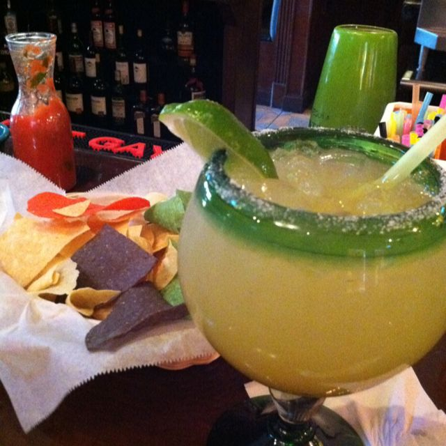 Margarita with Grand Marnier   Food and drink, Food dishes ...