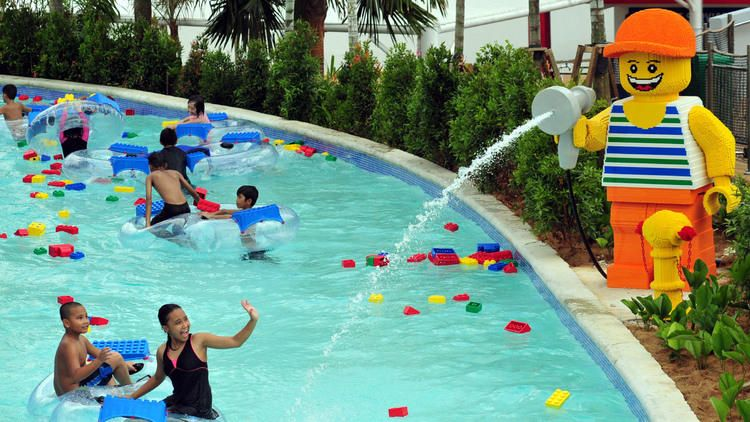The Best Theme Parks In Malaysia For Kids Children Swimming Pool Legoland Malaysia Legoland