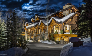 $5.495 Million Mountaintop Home In Snowmass Village, CO #mountaintophome #5million #5100squarefoot http://homesoftherich.net/2016/03/5-495-million-mountaintop-home-in-snowmass-village-co/