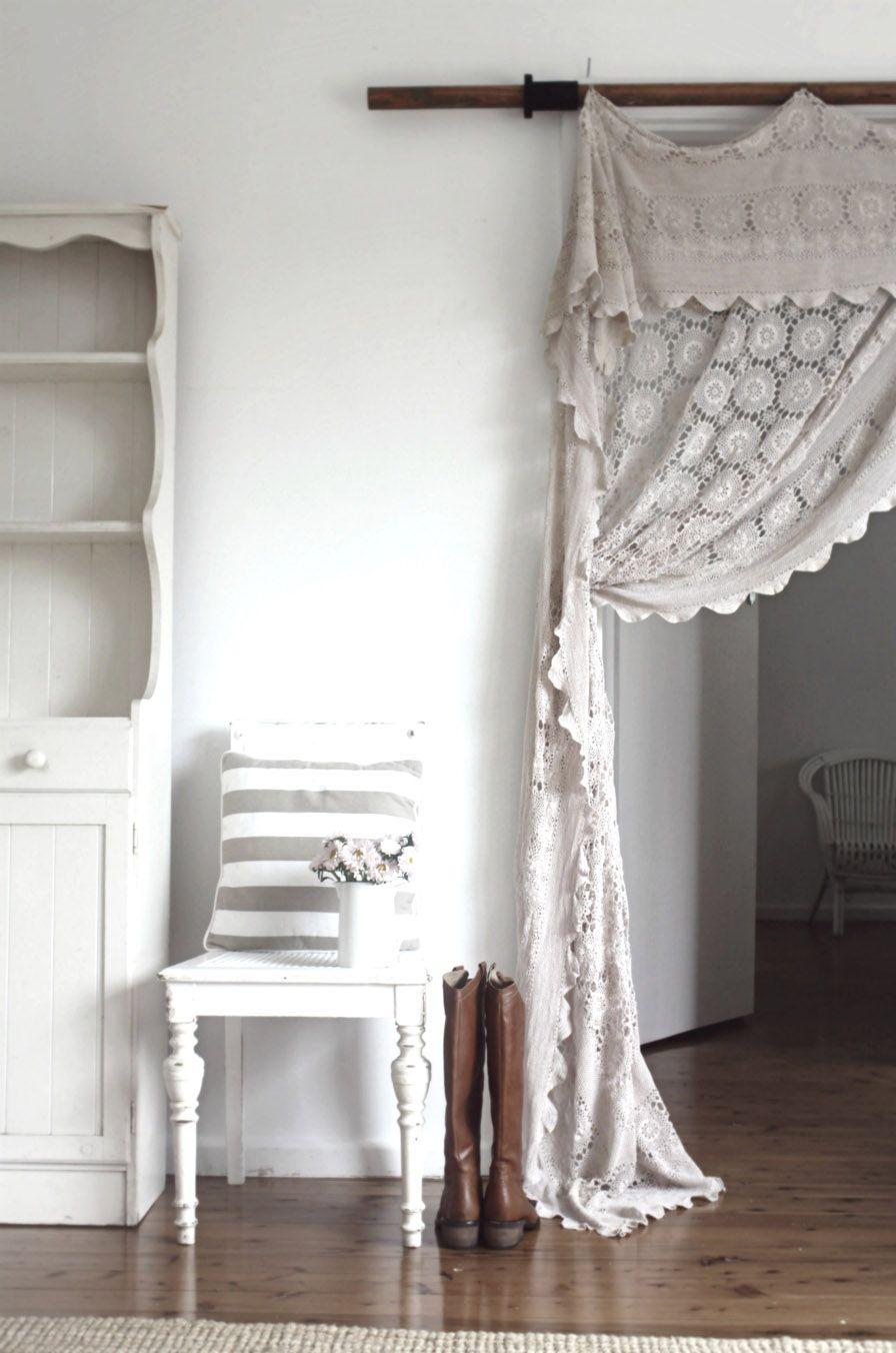 Beach Cottage Does Prairie Chic Decor Curtains Lace Curtains