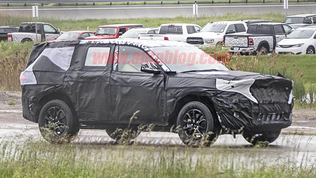 2021 Jeep Grand Cherokee brings fresh interior, technology