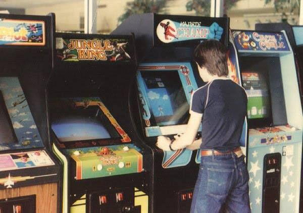 Pin By John Mayne Abr E Pro On Amnesia Lane Arcade Arcade Games Arcade Room