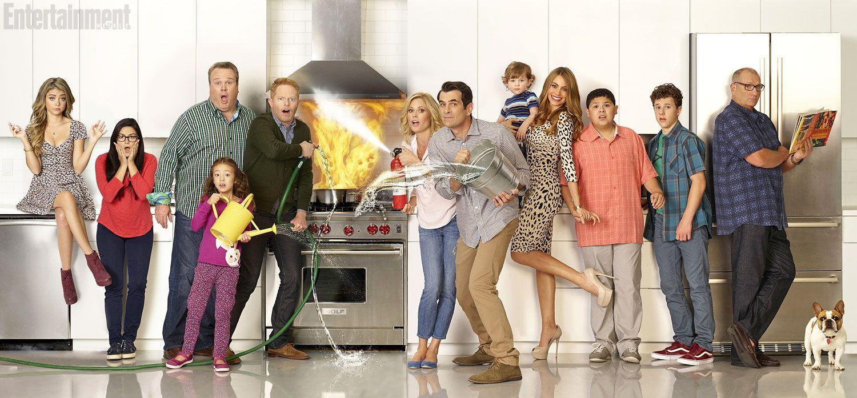 Check out the fiery new Modern Family cast shot | Inside TV | EW.com