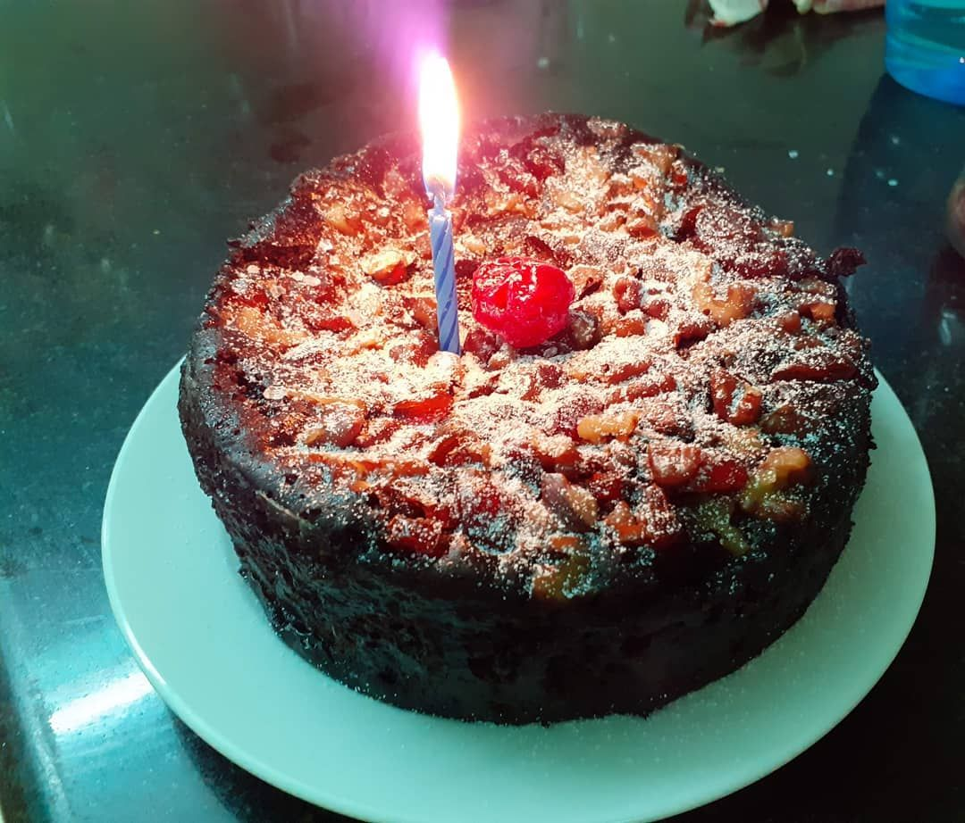 CRANBERRY AND WALNUT CHOCOLATE CAKE 🎂 for brother's birthday.