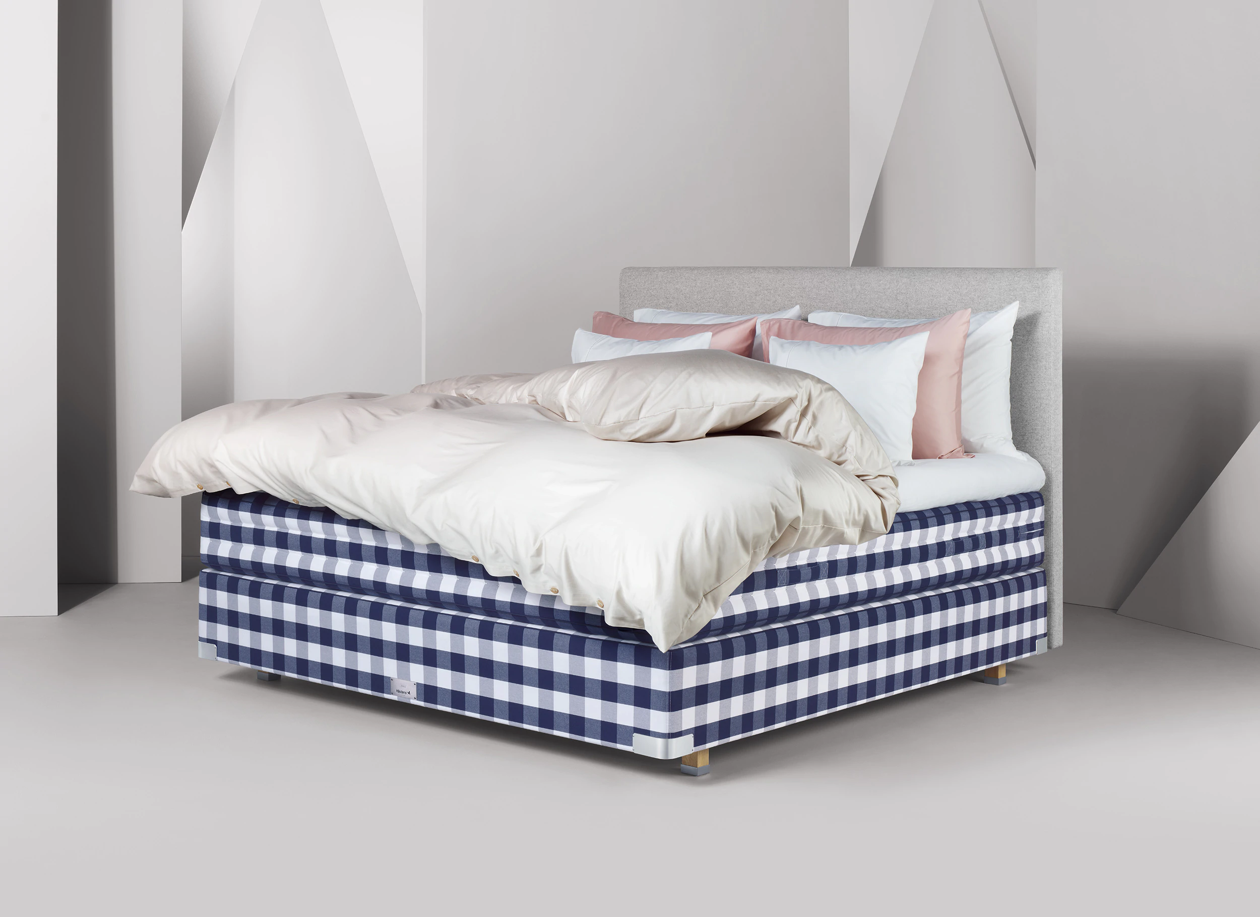 Beds & Mattresses Adjustable, Continental & Frame Beds