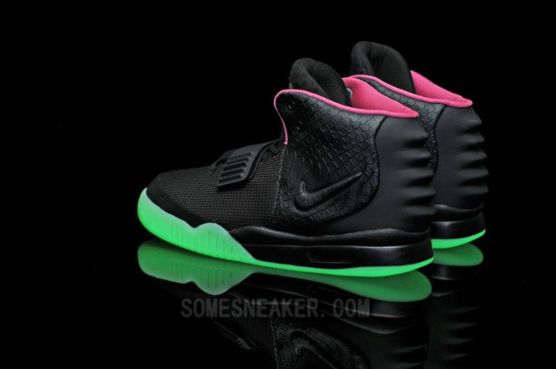 Air yeezy Glow in the dark/Glow in the