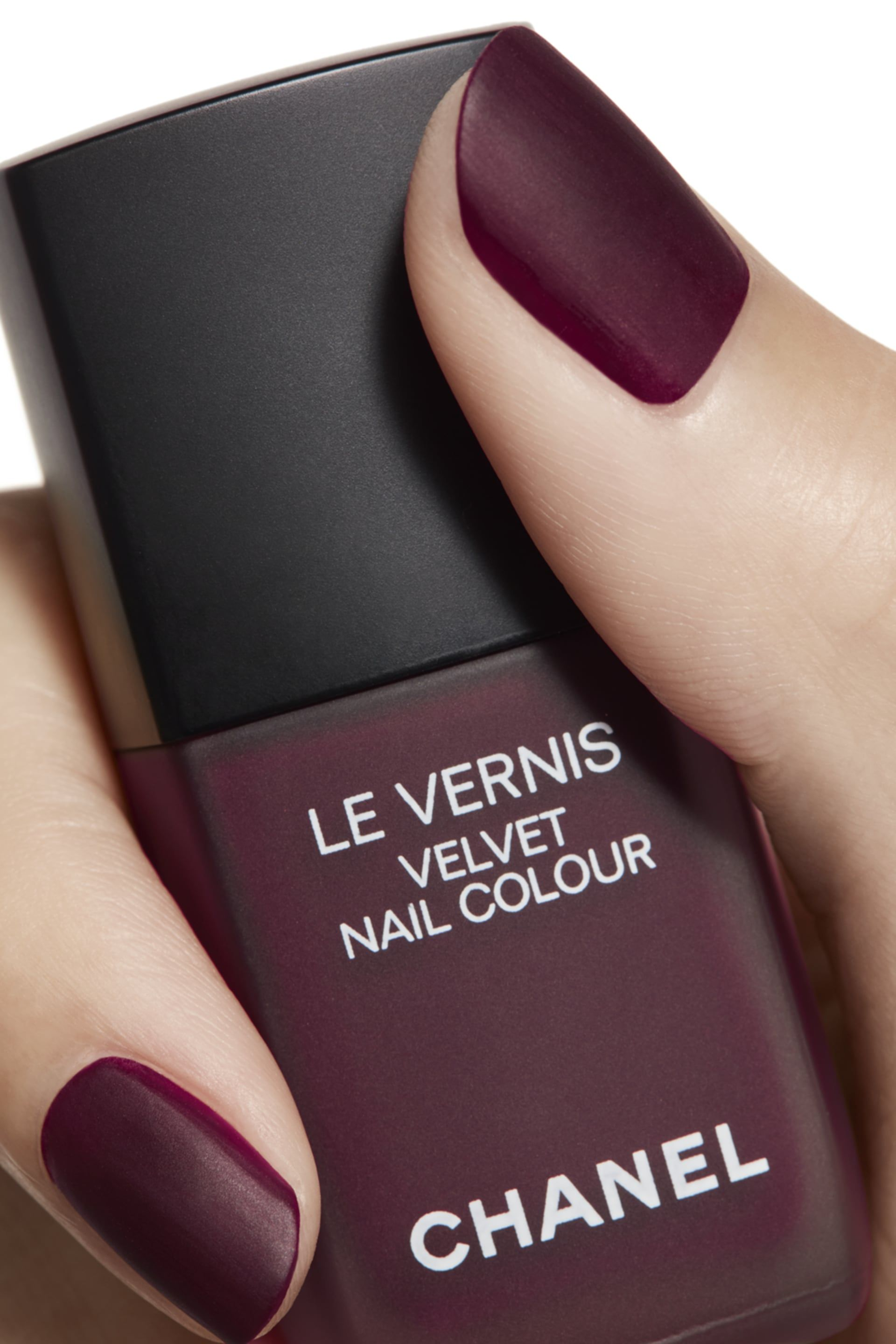 LE VERNIS Velvet Nail Colour 638 - PROFONDEUR in 2019 | beauty and ...