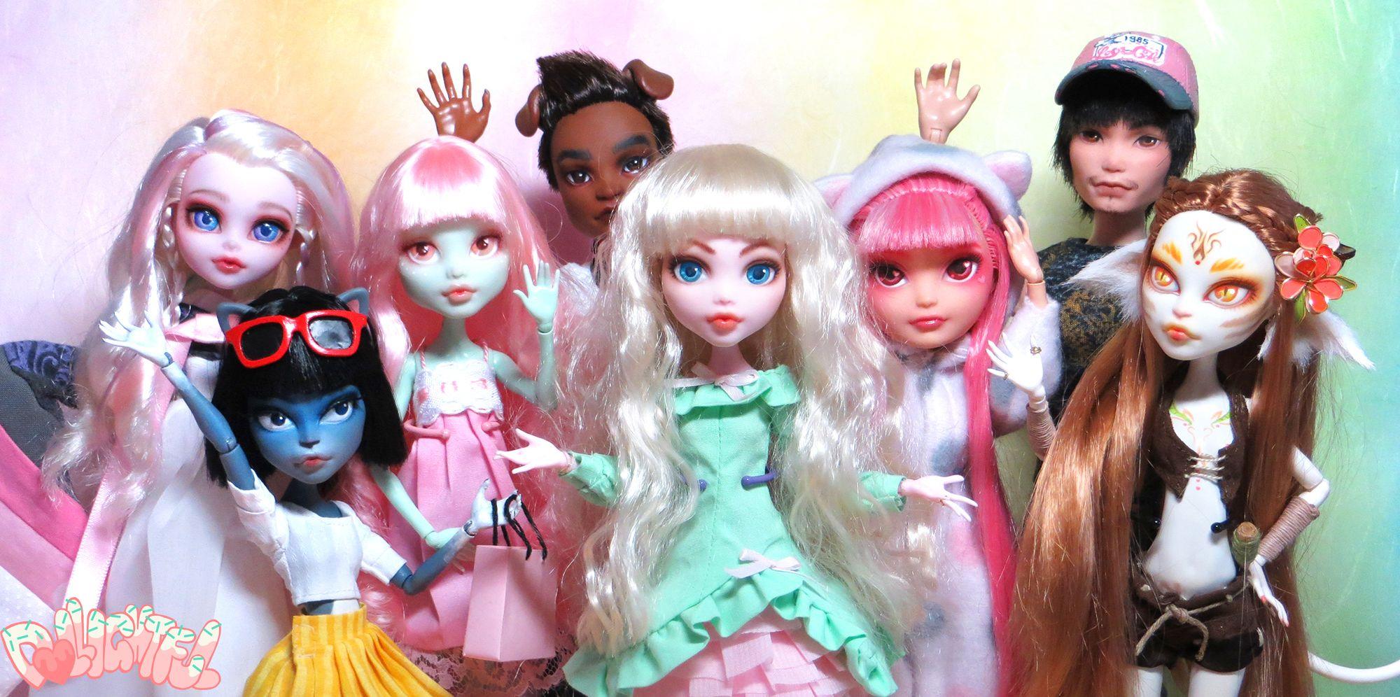 안녕~! (Annyeong!) This is a place to have fun and create unique, one-of-a-kind toy customs! 재밌을 거야~ ----- Welcome to Dollightful!