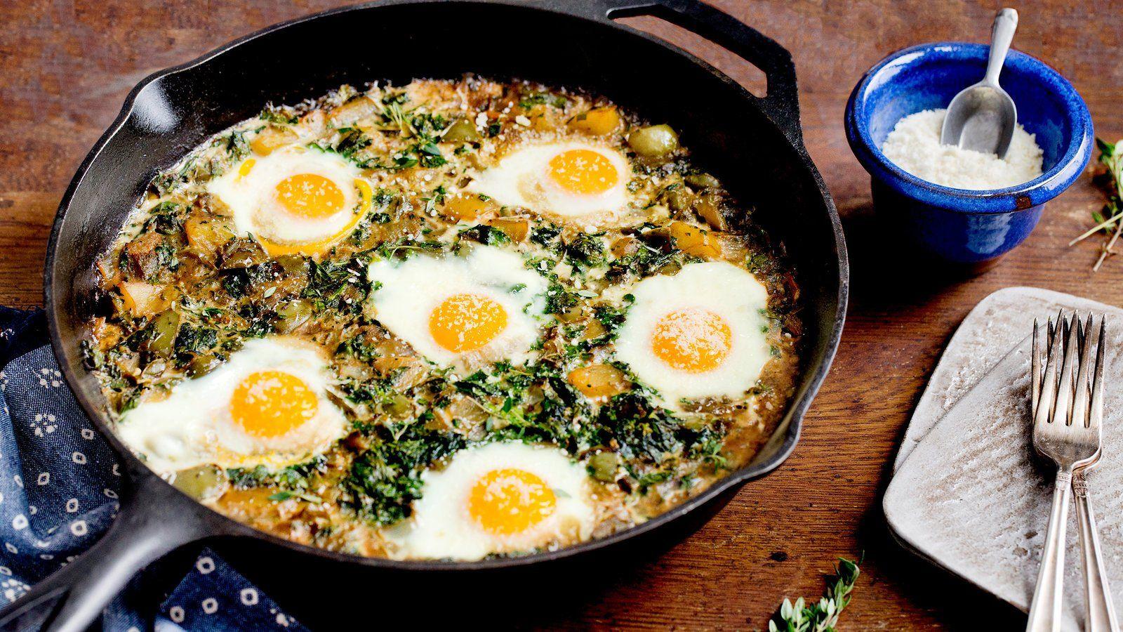 Broccoli Rabe, Shakshuka Style | Rezept